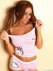 alluringvixens-nicolemcdee-pajamas-005