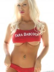 alluringvixens-tarababcock-underboob-007