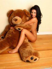 alluringvixens-danielle-teddybearlove-001