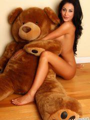 alluringvixens-danielle-teddybearlove-003