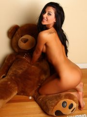 alluringvixens-danielle-teddybearlove-006