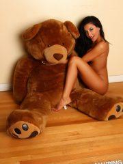 alluringvixens-danielle-teddybearlove-010