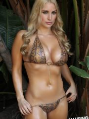 alluringvixens-deanna-welcome_to_the_jungle-001